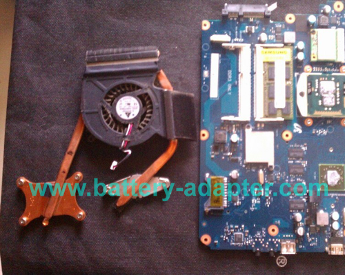Replace Samsung R530 R540 Fan-11